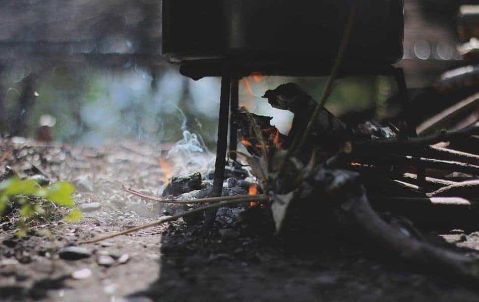 how to use a dutch oven while camping campfire image of campfire