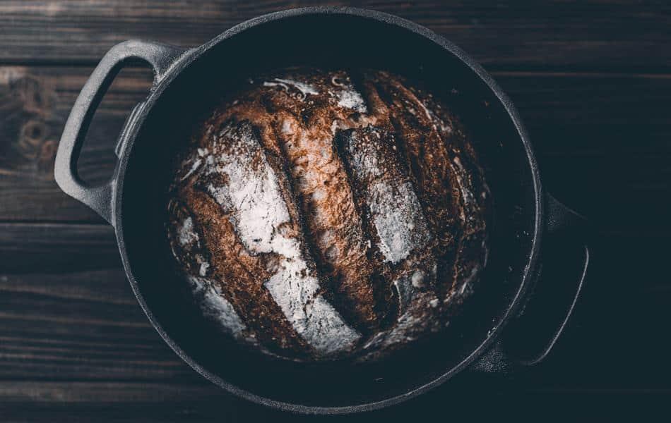Dutch oven bread image