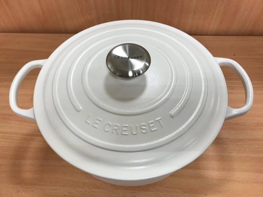 Dutch oven uses white Le Creuest Dutch Oven