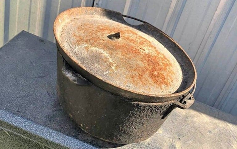 Do Dutch Ovens Rust? 3 Simple Steps to Stop Rust!