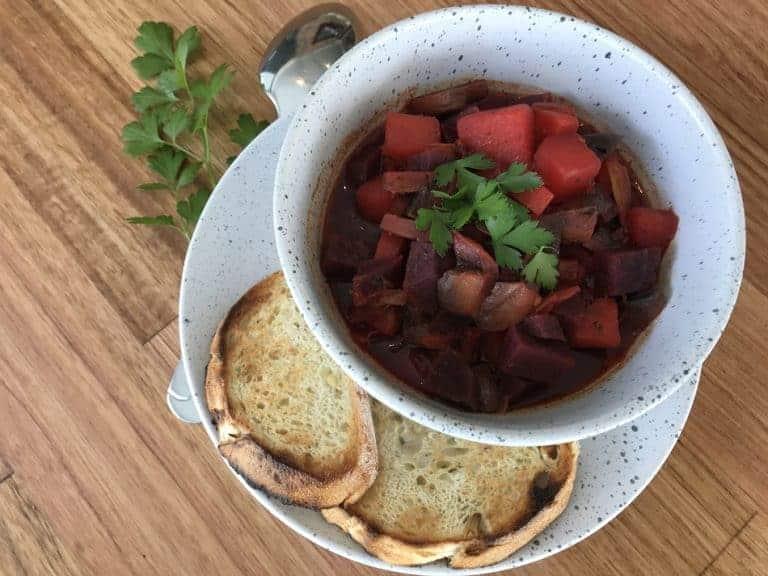 Vegan Beet Borscht Soup (One-Pot)