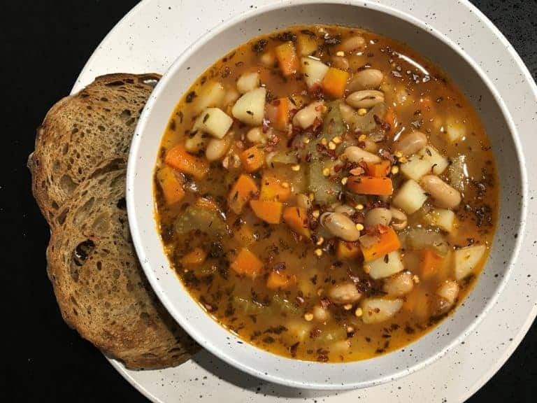Vegan Tuscan White Bean Soup (One-Pot)