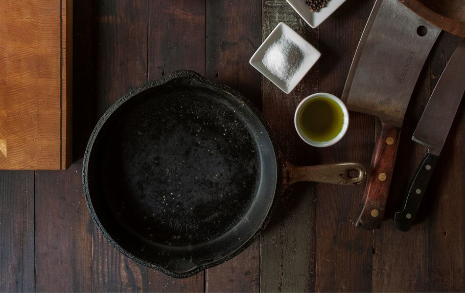 What is cast iron cookware